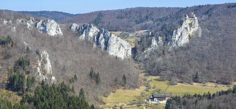 Giant fossil cliffs in Germany. Photo: Sabine Jessen